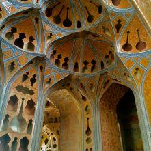 dettaglio sala musica Ali Qapu Isfahan Iran