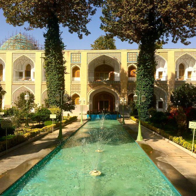 hotel Abbasi caravanserrai Esfahan