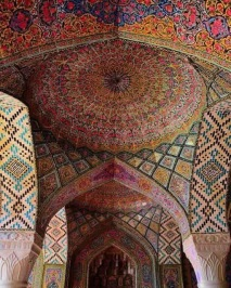 soffitto moschea rosa